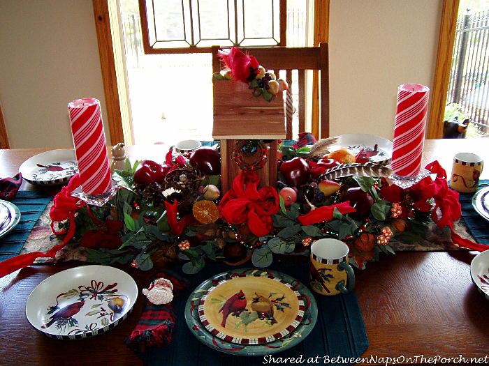 christmas-table-setting-with-lenox-winter-greetings