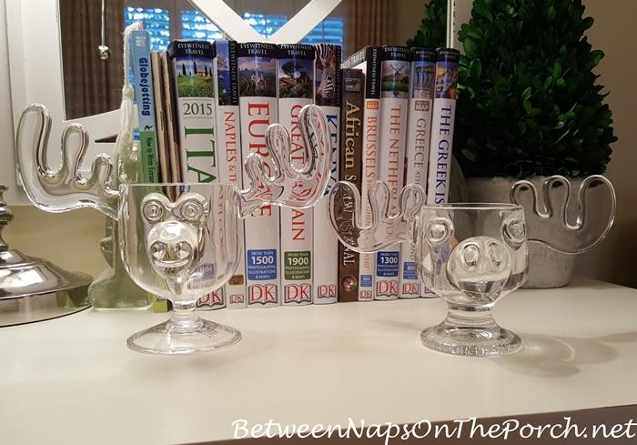 christmas-vacation-moose-mugs-acrylic-vs-glass