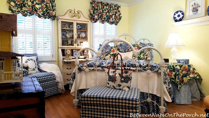 fashion-decor-together-with-ralph-lauren-porcelain-bedding-brahmin-blue-delft