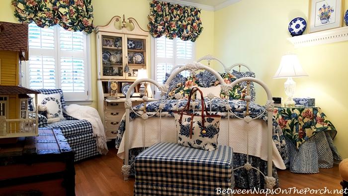 fashion-decor-together-with-ralph-lauren-porcelain-bedding-brahmin-blue-delft