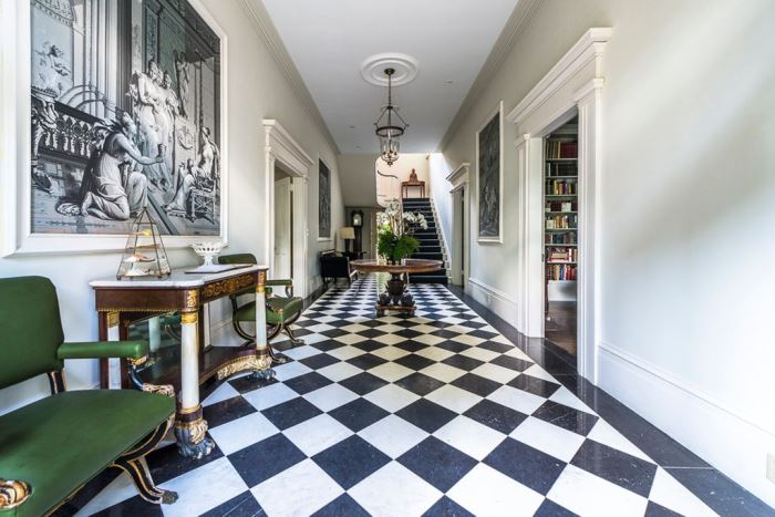 mimosa-hall-entry-with-black-white-marble-flooring