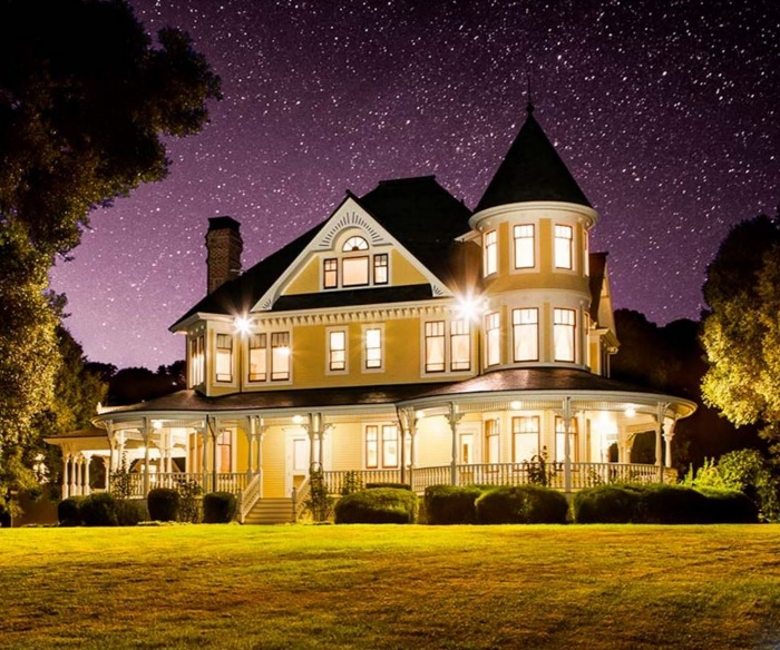 victorian-home-starlight