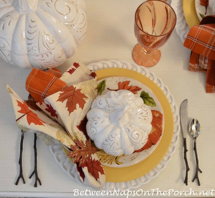 autumn-table-leaf-napkin-pumpkin-tureen-twig-flatware