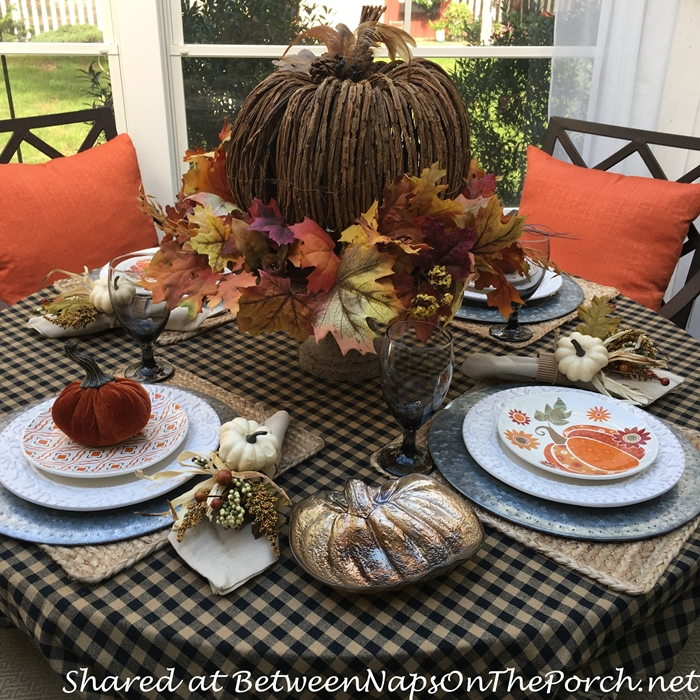 autumn-table-with-pumpkin-vine-centerpiece