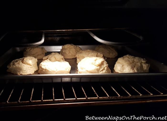 biscuits-baking