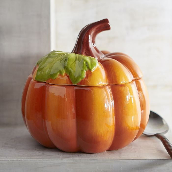 orange-pumpkin-soup-bown-tureen