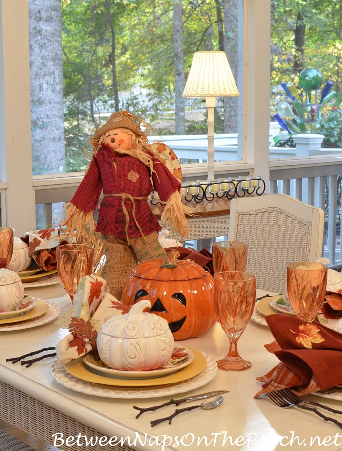 scarecrow-and-pumpkin-centerpiece-for-a-halloween-table