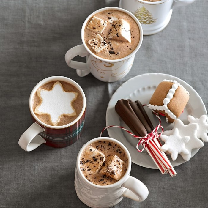 snowflake-marshmallows-for-hot-chocolate