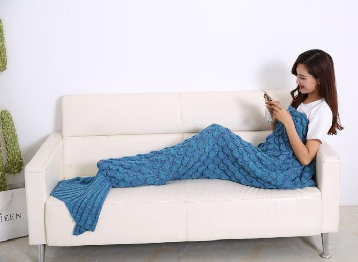 stay-warm-with-mermaid-blanket