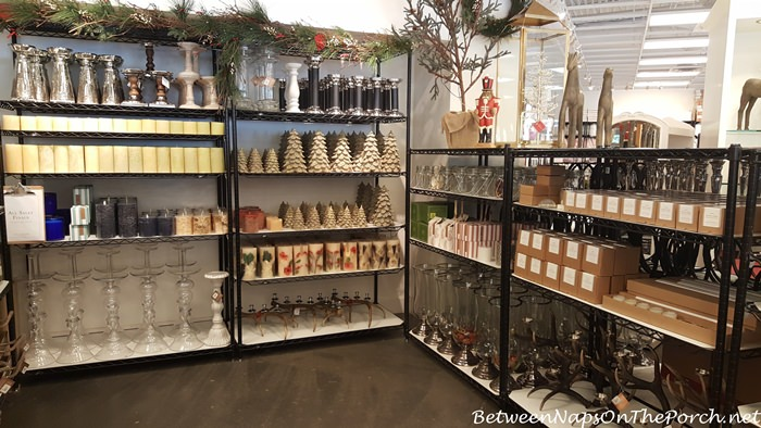 christmas-decor-pottery-barn-outlet