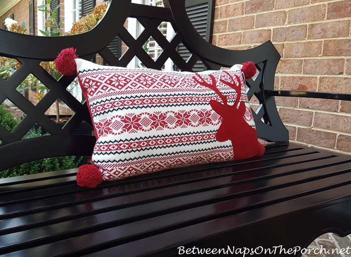 christmas-reindeer-pillow