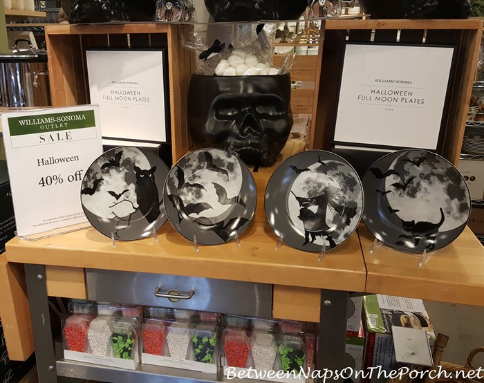 halloween-plates-at-williams-sonoma-outlet