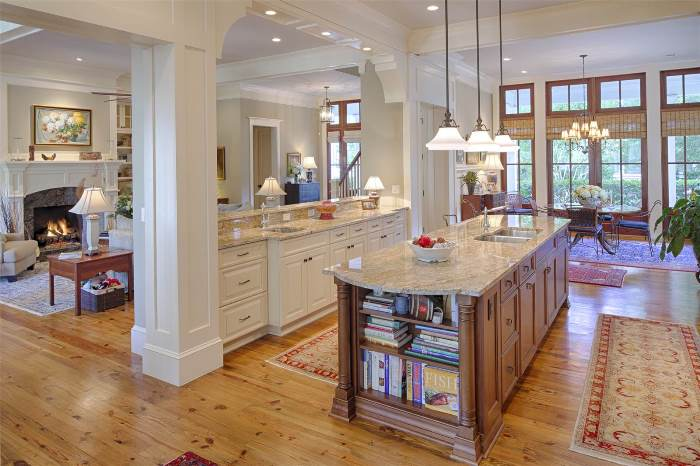 kitchen-design-with-white-stained-cabinetry