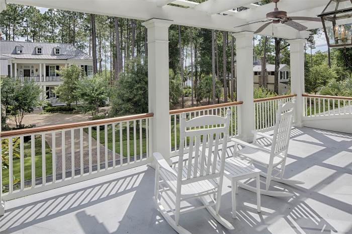porch-overlooking-low-country-beauty