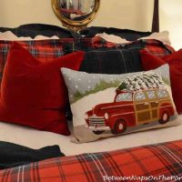 pottery-barn-woody-christmas-pillow_