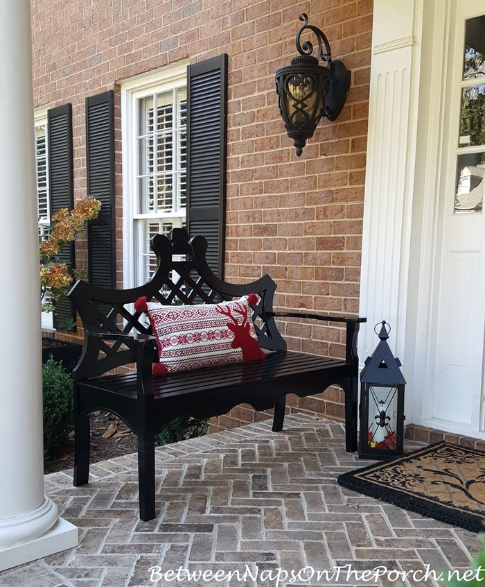 reindeer-pillow-for-porch-bench