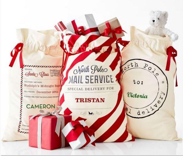 santa-present-bags