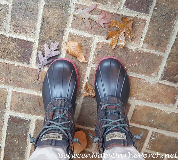 sperry-plaid-wool-saltwater-rain-boot