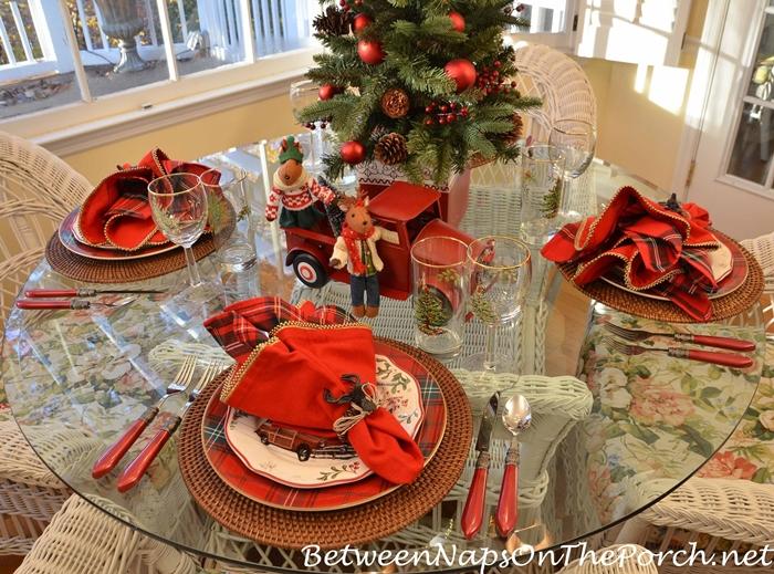 Christmas Table Setting Bringing Home The Christmas Tree