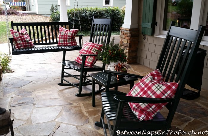 cottage-front-porch-rocking-chairs-swing