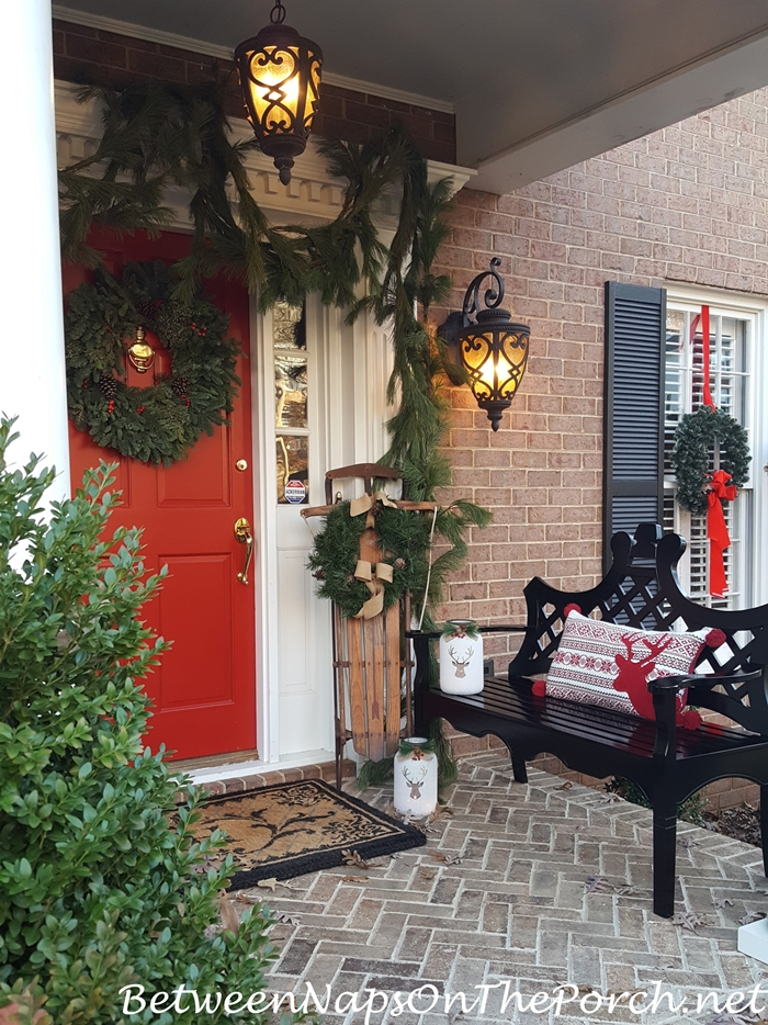 Traditional Christmas Decorations For A Front Porch