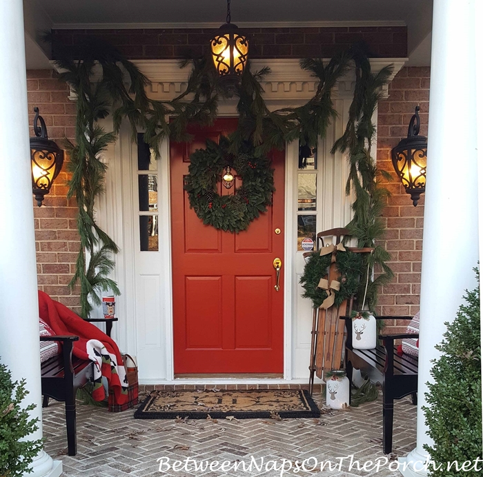 18 Great Traditional Front Porch Design Ideas: Traditional Christmas Decorations For A Front Porch