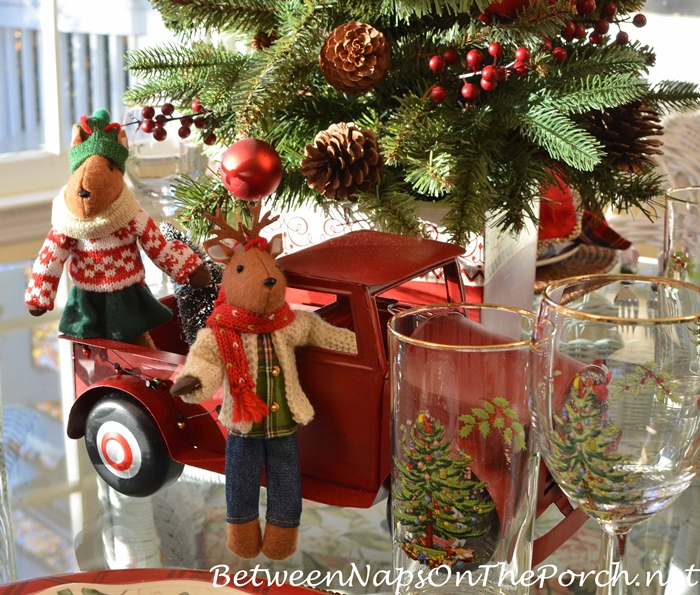 red-truck-centerpiece-christmas-tree-deer