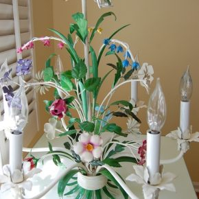 tole-chandelier-with-flowers