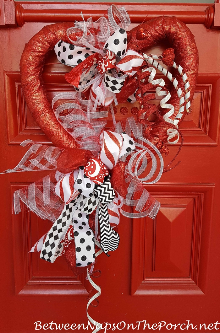 Valentine's Day Decorations: Decorate the Porch, Front ...