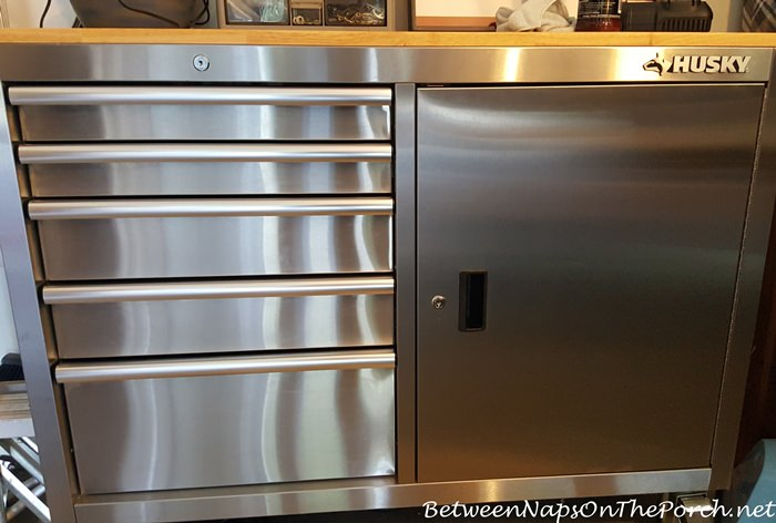 the Best Method To Clean Fingerprints Off Stainless Steel Appliances