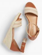 Stylish Summer Sandals & Hard-to-Find, Rebecca de Ravenel Earrings