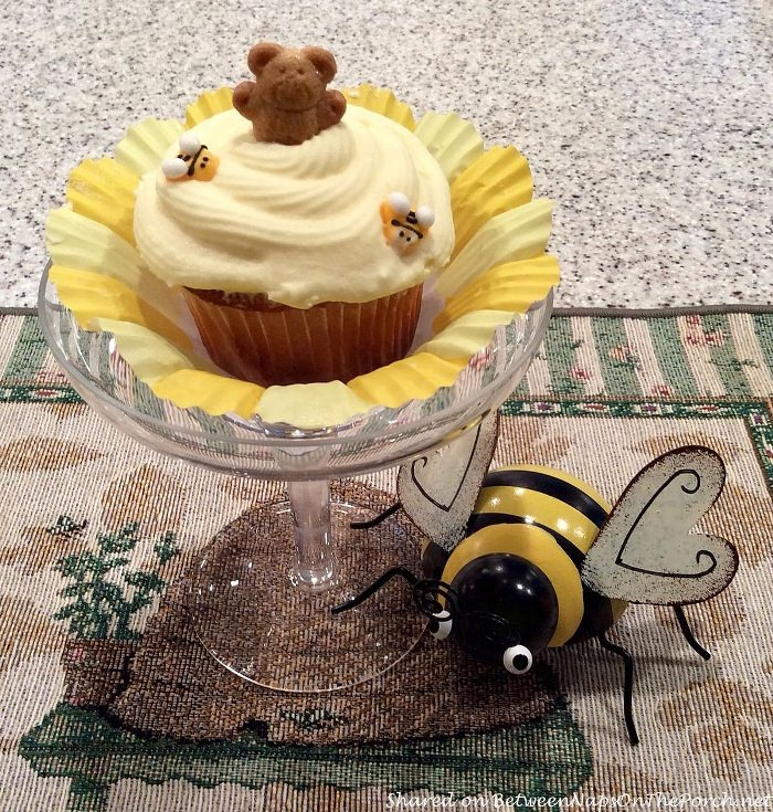 Honey Bear and Bee Cupcakes