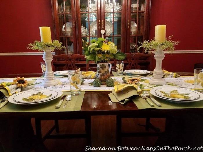 Italian Lemon-Themed Table Setting & Lemon-Themed Table Setting Reminiscent of Sorrento Italy