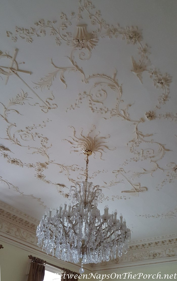 Dunboyne Castle Drawing Room Chandelier and Ceiling