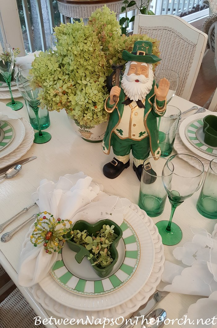 Green & White Table Setting, Limelight Hydrangea Centerpiece