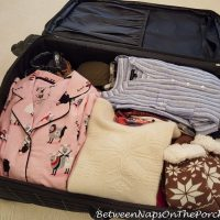 How I Pack my Suitcase for Travel