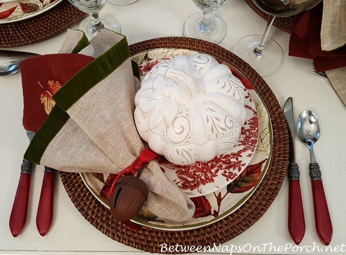 Fall Table Setting, Layer on the Autumn Colors
