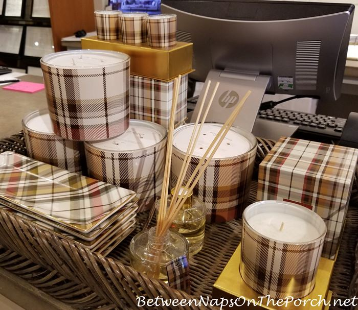 Plaid Candle for Fall and Autumn Decorating