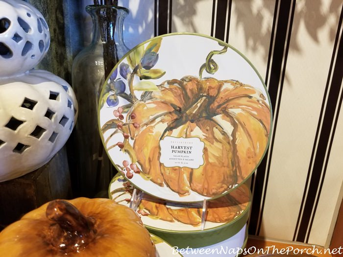 Pumpkin Plates for Fall, Halloween and Thanksigivng