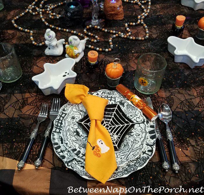 Black & White Halloween Plates, Yellow Ghost Napkins