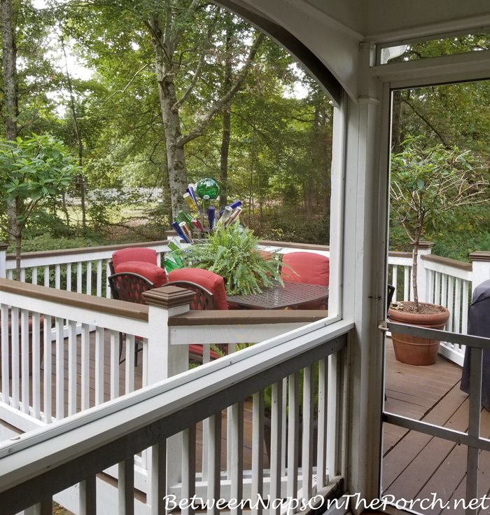 Deck & Patio Furniture Makeover