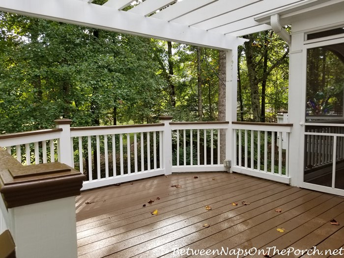 Deck Stained with Painted Railing