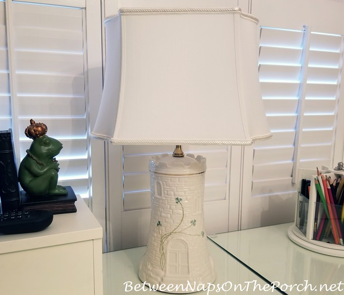Lamp Makeover with New Shade That Fits
