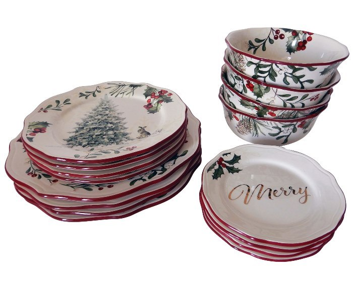 Better Homes & Gardens Christmas China, Beautiful