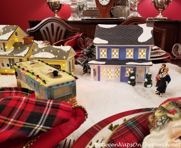 Department 56, Todd & Margo's Home in Table Display