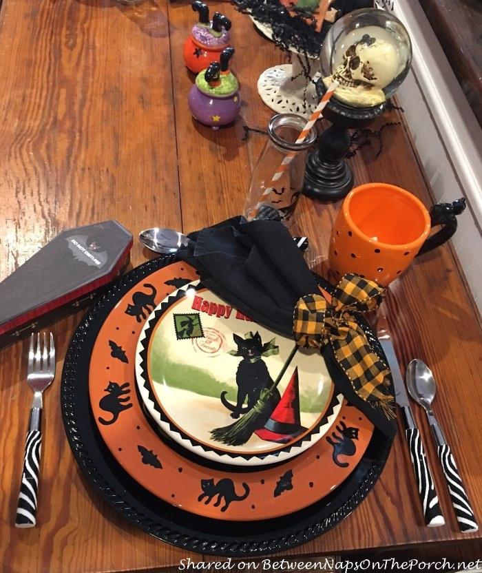 Halloween Cat Plates