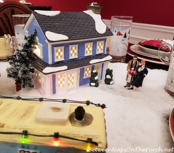 Margo & Todd's House, Department 56 Christmas Vacation