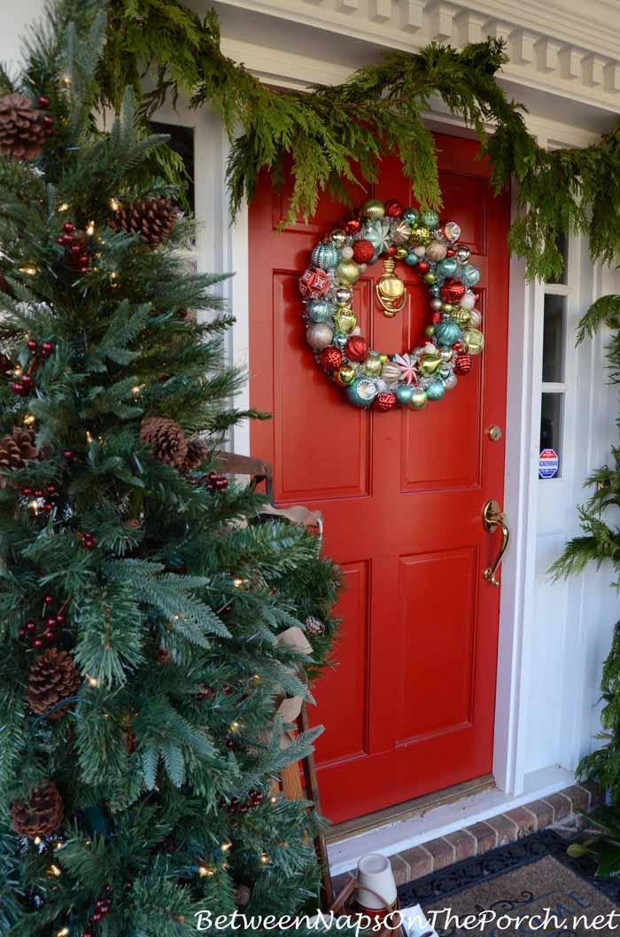Benjamin Moore Heritage Red Front Door For Christmas