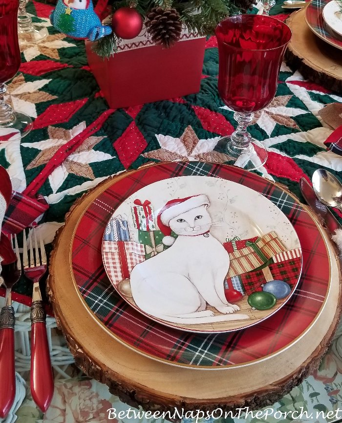 David Carter Brown Christmas Dinnerware, Christmas Kitties with Plaid Plates, Bark Edged Chargers