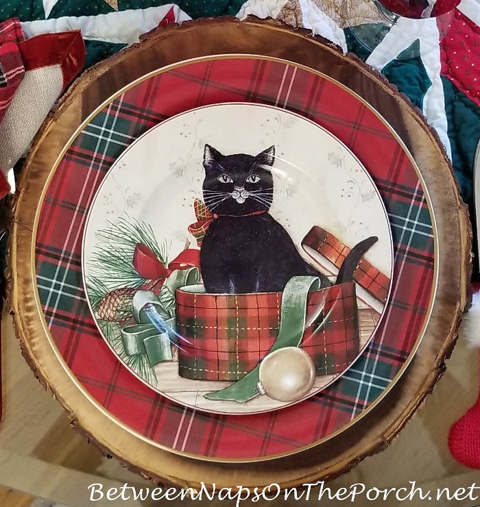 Oneida, David Carter Brown Christmas Dinnerware, Christmas Kitties